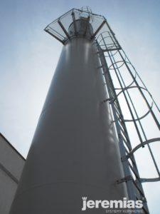 przemysłowy komin stalowy