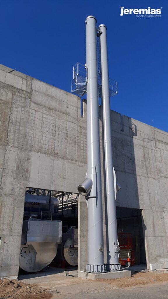 dwa kominy typu FSA zamontowane